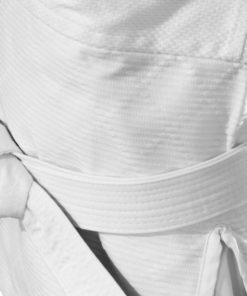 Judogis y cinturones